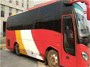 33座客车